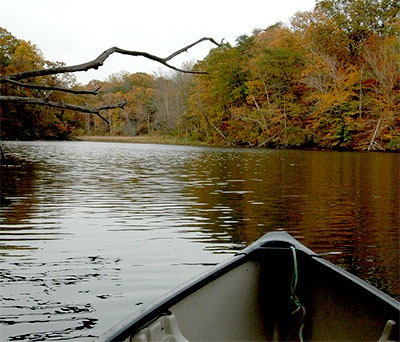 Canoeing in the fall in Southern Maryland
